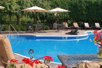 Tara Outdoor Pool