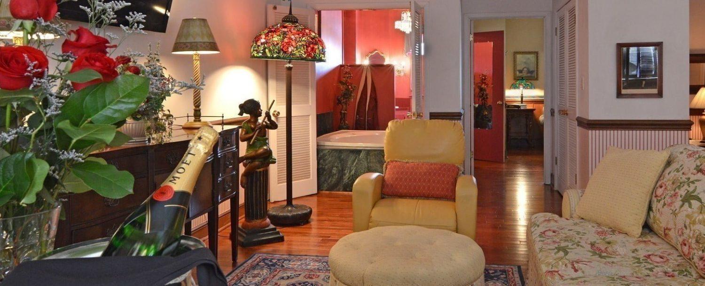 Tara Plantation Suite